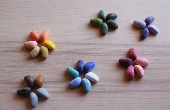 Lo sapevi che i pastelli a cera sono tra gli strumenti più utili per i bambini che iniziano a scarabocchiare?