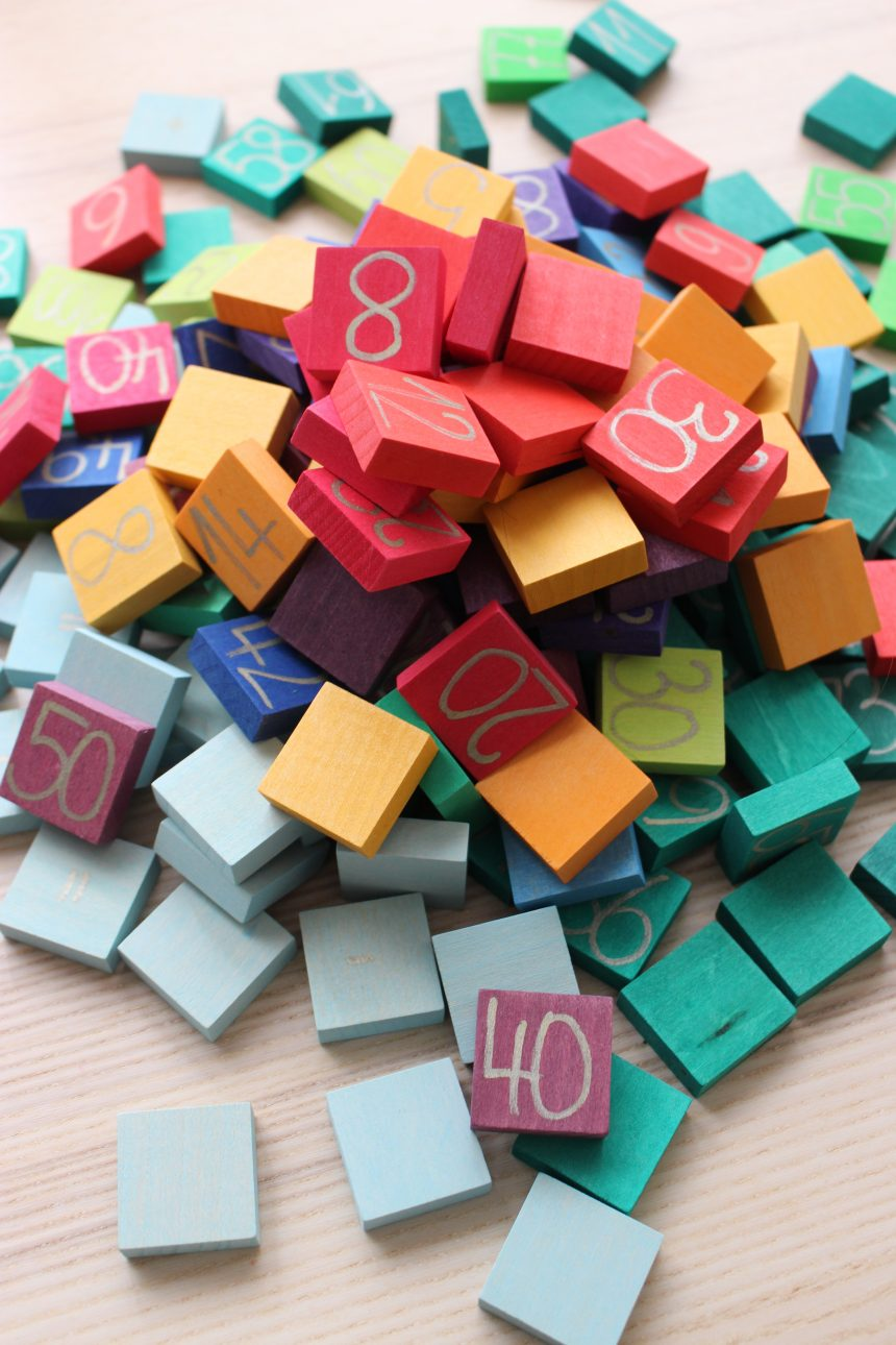 Numeri e tabelline…in legno, colorati e divertenti!